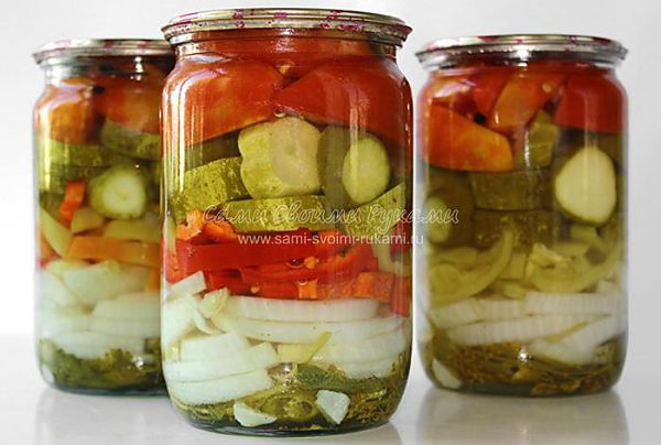 Овощной салат слоями на зиму