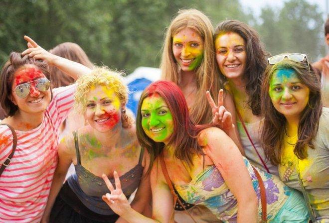 Праздник Холи: весна, краски, счастье