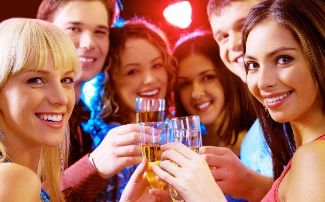 Лучшие пожелания на Новый год 2017: короткие и прикольные