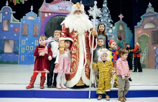 Новогодние представления для детей в Санкт-Петербурге