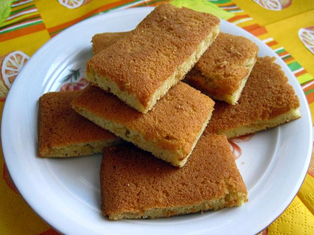 Пирог на огуречном рассоле