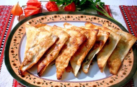 Чебуреки из лаваша – быстро готовятся и очень вкусно получается!