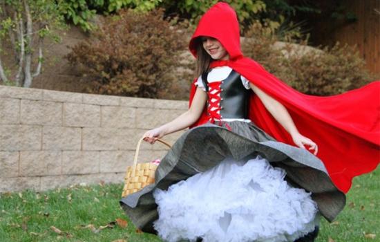 Новогодний костюм Красной Шапочки для девочки своими руками: подбираем форму шапочки