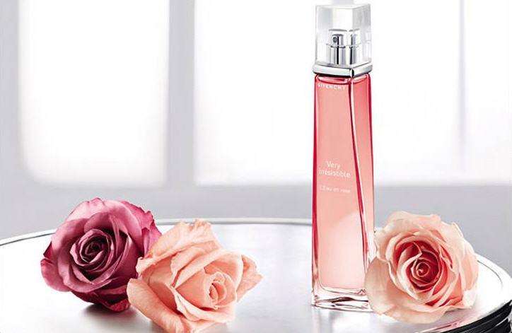 Very Irresistible L'Eau En Rose