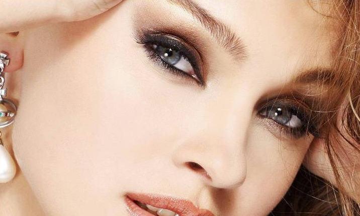 Макияж для маленьких глаз - секреты выразительного взгляда