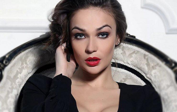 Алена Водонаева закрутила роман с актером из сериала «Кадетство» Кириллом Емельяновым