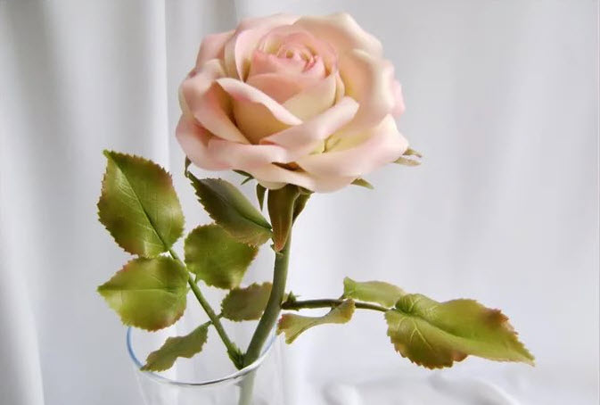Роза из холодного фарфора своими руками