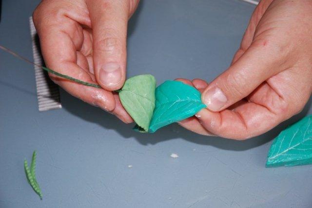 создание липесков розы из холодного фарфора