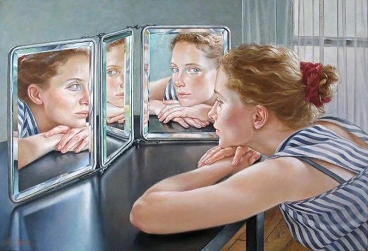 Почему нельзя смотреть в зеркало, когда ешь