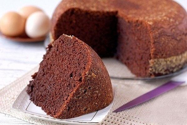 Шоколадный сливочный бисквит на кипятке