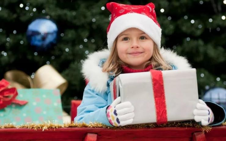Что подарить ребенку 3-4 лет на Новый год