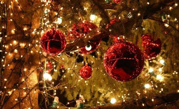 Украшение новогодней елки по фен-шуй на 2018 год