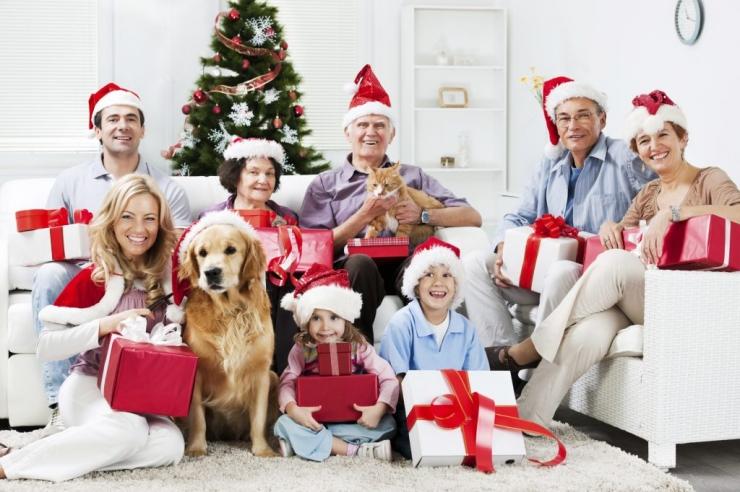 Что подарить семье друзей на Новый год 2018