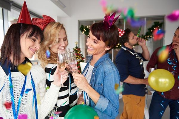 Как развлечь гостей на Новый год 2018