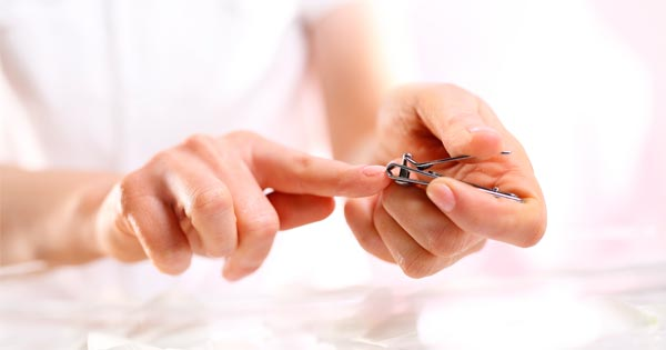 Лунный календарь стрижки ногтей на март 2018 года