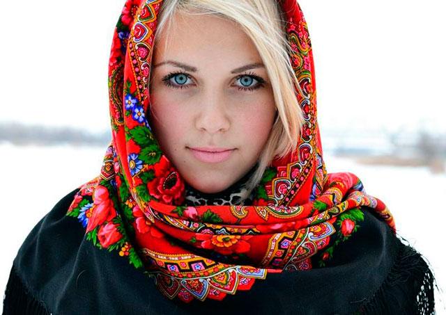 К чему дарят платок на голову