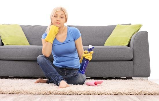 Лучшие средства для чистки диванов