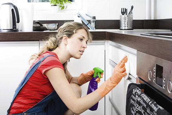 мыть пластиковую кухню