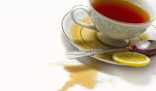 пятна от чая
