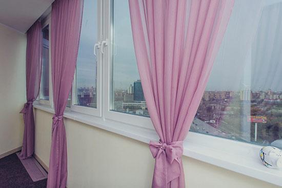Какие шторы сделают лоджию уютной, привлекательной и функциональной?