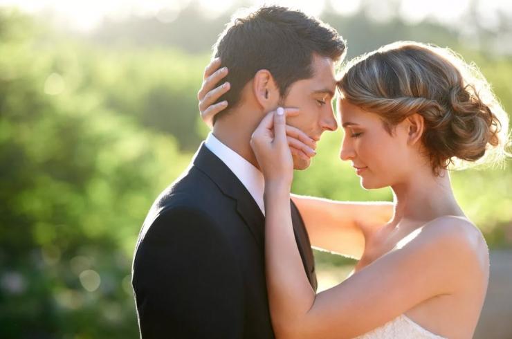 Признаки того, что мужчина вас любит