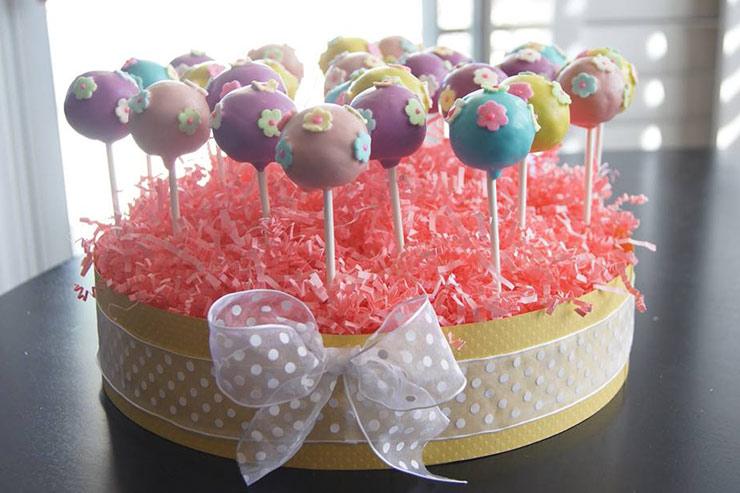 Яркие кейк-попсы