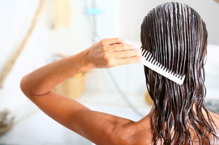 Эффективные маски для волос от перхоти в домашних условиях