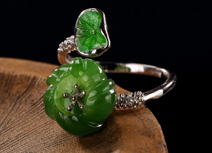 кольцо из нефрита