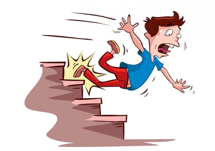 Приметы - К чему споткнуться на лестнице