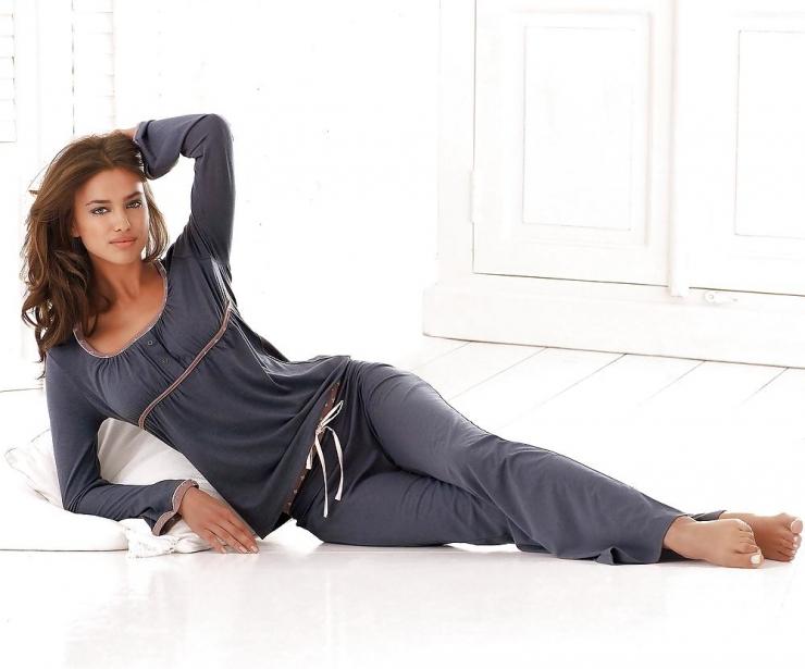 Подбирайте женскую одежду оптом онлайн