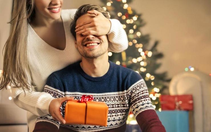 Как выбрать подарок мужу на Новый год 2021