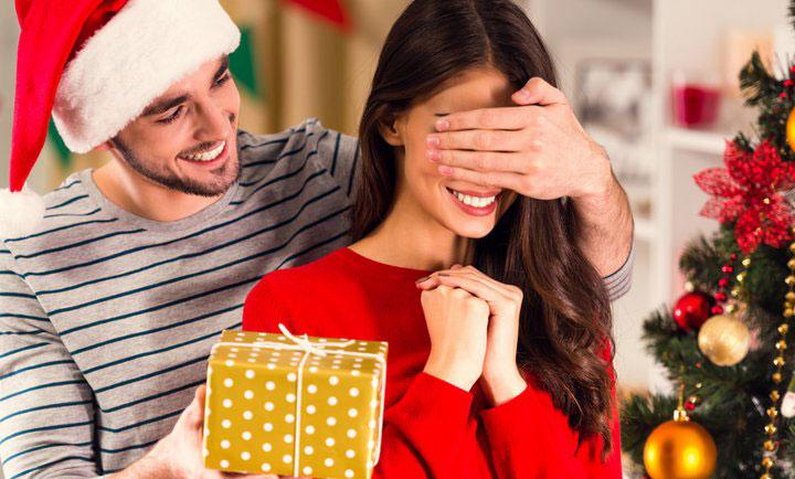 Что подарить супруге в год Быка
